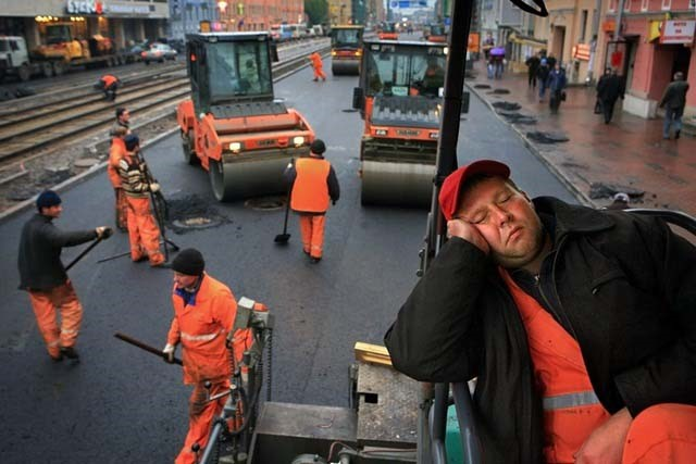 Road repair in Russia
