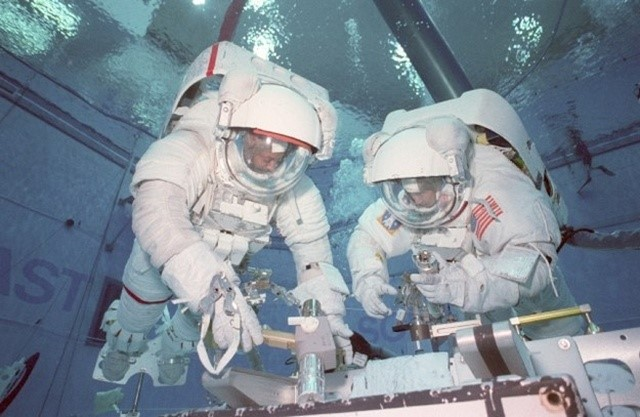 18-astronaut-facts16